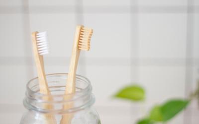 Bien nettoyer sa gouttière dentaire : les étapes indispensables