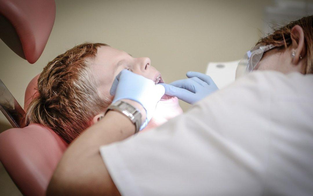 Peur phobique du dentiste: comment le surmonter?