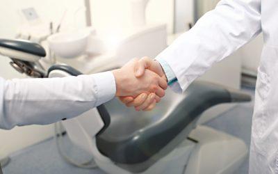 Tout savoir sur la protection sociale quand on est salarié en centre dentaire